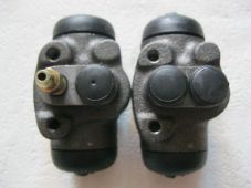 MAZDA 929 (81-88) NEW PAIR REAR WHEEL CYLINDERS - C255, C256